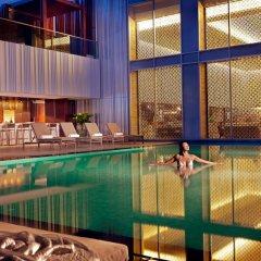Отель Mandarin Orchard Сингапур бассейн