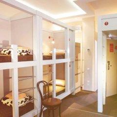 Хостел Привет Кровати в общем номере с двухъярусными кроватями фото 22