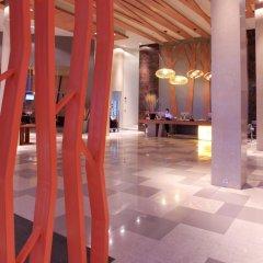 Отель Kalima Resort & Spa, Phuket гостиничный бар