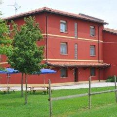 Отель Agriturismo Tenuta Regina Прамаджоре спортивное сооружение