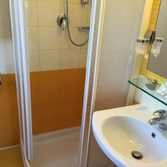 Hotel Stresa ванная
