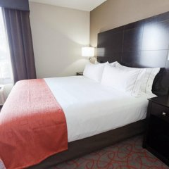 Отель Holiday Inn Express & Suites Bloomington - Mpls Arpt Area West Блумингтон комната для гостей фото 4