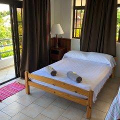 Отель Ahitea Lodge балкон