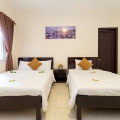 Отель Hoa Thu Homestay Хойан сейф в номере