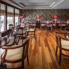 Отель Titanic Comfort Sisli гостиничный бар