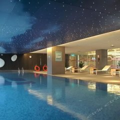 Отель Aloft Zhengzhou Shangjie бассейн фото 2