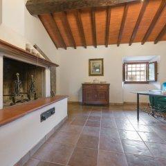 Отель Agriturismo Casa Passerini a Firenze Лонда сейф в номере
