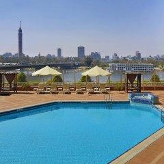 Отель Ramses Hilton бассейн