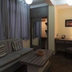 Отель The Glasshouse Hotel & Hostel Непал, Катманду - отзывы, цены и фото номеров - забронировать отель The Glasshouse Hotel & Hostel онлайн комната для гостей фото 5