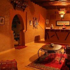Отель Kasbah Mohayut Марокко, Мерзуга - отзывы, цены и фото номеров - забронировать отель Kasbah Mohayut онлайн интерьер отеля