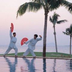 Отель Sheraton Sanya Bay Resort фитнесс-зал