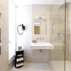 Отель Hôtel Mathis Франция, Париж - отзывы, цены и фото номеров - забронировать отель Hôtel Mathis онлайн ванная
