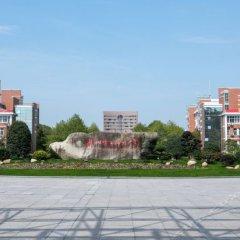 Отель Hanting Express Hangzhou Xiasha Branch парковка