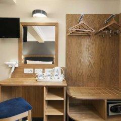 Отель Days Inn Hyde Park сейф в номере