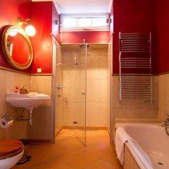 Отель Apartmany Villa Liberty Чехия, Карловы Вары - отзывы, цены и фото номеров - забронировать отель Apartmany Villa Liberty онлайн ванная