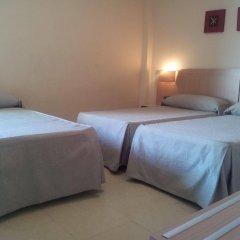 Отель Primavera Испания, Бенидорм - отзывы, цены и фото номеров - забронировать отель Primavera онлайн комната для гостей фото 3