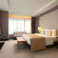 DoubleTree by Hilton Hotel Minsk комната для гостей фото 6