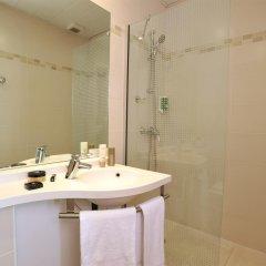 Отель Best Western Hotel De Verdun Франция, Лион - отзывы, цены и фото номеров - забронировать отель Best Western Hotel De Verdun онлайн ванная фото 2