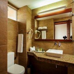Отель The Ocean Colombo ванная