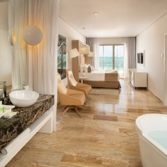 Отель Paradisus Palma Real Golf & Spa Resort All Inclusive Доминикана, Пунта Кана - 1 отзыв об отеле, цены и фото номеров - забронировать отель Paradisus Palma Real Golf & Spa Resort All Inclusive онлайн ванная фото 2