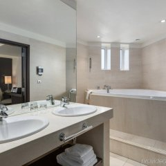 Отель Nh Amsterdam Centre Амстердам ванная фото 2
