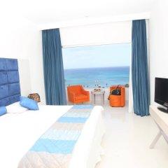Отель Odessa Beach Протарас комната для гостей