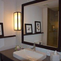 Отель Country Inn & Suites by Radisson, Bloomington at Mall of America, MN США, Блумингтон - отзывы, цены и фото номеров - забронировать отель Country Inn & Suites by Radisson, Bloomington at Mall of America, MN онлайн ванная