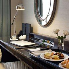 Отель Delta Hotels by Marriott Bessborough в номере фото 2