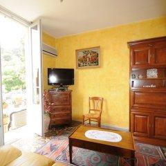 Отель Estienne D'Orves комната для гостей фото 4