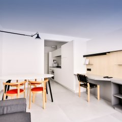 Апартаменты Renaissance Park Apartments Брюссель комната для гостей фото 2