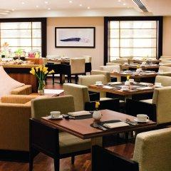 Отель Avani Deira Dubai Hotel ОАЭ, Дубай - 1 отзыв об отеле, цены и фото номеров - забронировать отель Avani Deira Dubai Hotel онлайн интерьер отеля фото 2