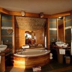 Отель Le Taha'a Island Resort & Spa ванная
