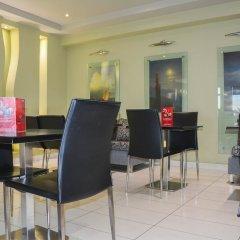 Scorpios Hotel гостиничный бар