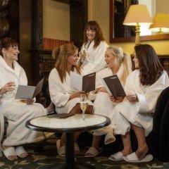 Отель Hazlewood Castle & Spa гостиничный бар