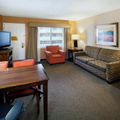 Embassy Suites Hotel Milpitas-Silicon Valley комната для гостей фото 5