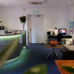 Отель Palm Beach Франция, Канны - отзывы, цены и фото номеров - забронировать отель Palm Beach онлайн гостиничный бар