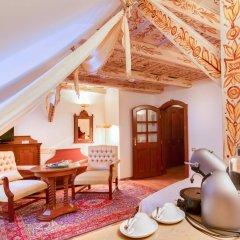 Отель U Krale Karla Чехия, Прага - 4 отзыва об отеле, цены и фото номеров - забронировать отель U Krale Karla онлайн комната для гостей фото 2