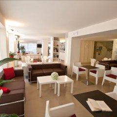 Отель La Fenice Римини гостиничный бар