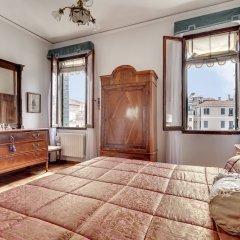 Отель San Vidal - WR Apartments Италия, Венеция - отзывы, цены и фото номеров - забронировать отель San Vidal - WR Apartments онлайн комната для гостей фото 5