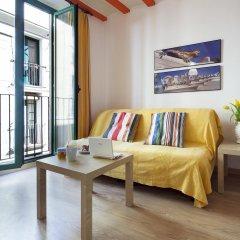 Апартаменты Inside Barcelona Apartments Vidreria комната для гостей фото 4
