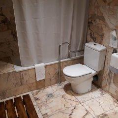 Отель Eth Pomer Испания, Вьельа Э Михаран - отзывы, цены и фото номеров - забронировать отель Eth Pomer онлайн ванная
