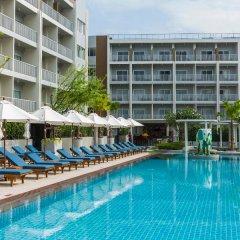 Отель Ramada by Wyndham Phuket Deevana Patong бассейн фото 3