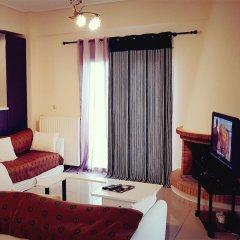 Отель Seaview Villa Near Athens Airport комната для гостей