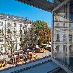 Гостиница Hostel Just Lviv It! Украина, Львов - 6 отзывов об отеле, цены и фото номеров - забронировать гостиницу Hostel Just Lviv It! онлайн балкон