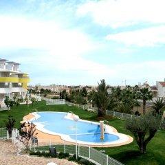 Отель Novogolf Apartments - Marholidays Испания, Ориуэла - отзывы, цены и фото номеров - забронировать отель Novogolf Apartments - Marholidays онлайн бассейн фото 2