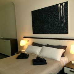 Отель Your House By Ale Accommodation сейф в номере