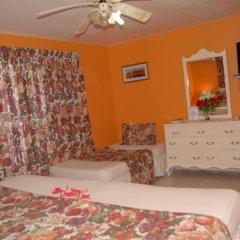 Отель PinkHibiscus Guest House в номере фото 2