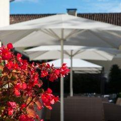 Отель Best Western Plus Hotel Villa Tacchi Италия, Гаццо - отзывы, цены и фото номеров - забронировать отель Best Western Plus Hotel Villa Tacchi онлайн бассейн фото 3