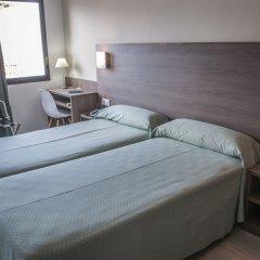 Отель Apartamentos Loar Ferreries комната для гостей фото 4