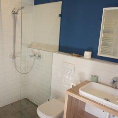 Отель Chesscom Венгрия, Будапешт - 10 отзывов об отеле, цены и фото номеров - забронировать отель Chesscom онлайн ванная